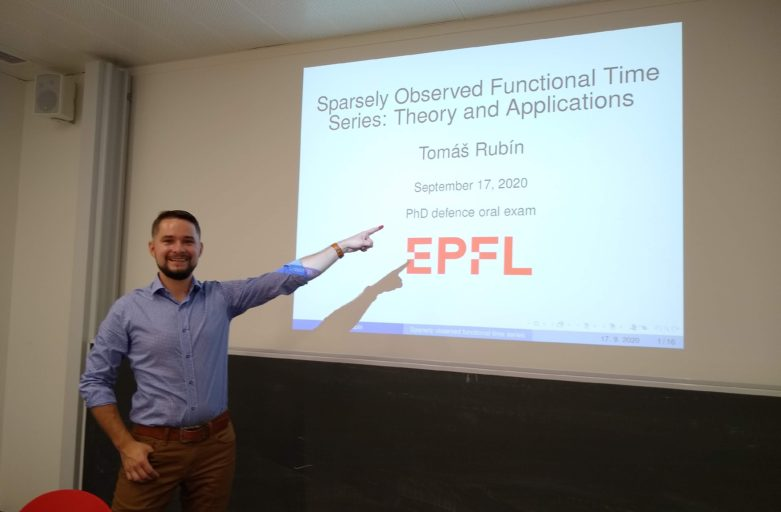 Defended my PhD thesis!